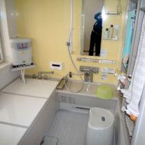 下諏訪町・K様邸暖かい暖房をつけた浴室工事